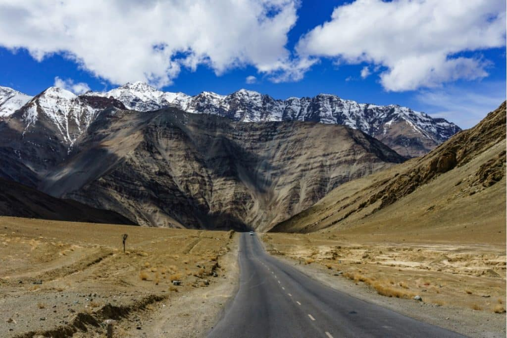 Why to Visit Leh Ladakh- Himalayan Wonderland