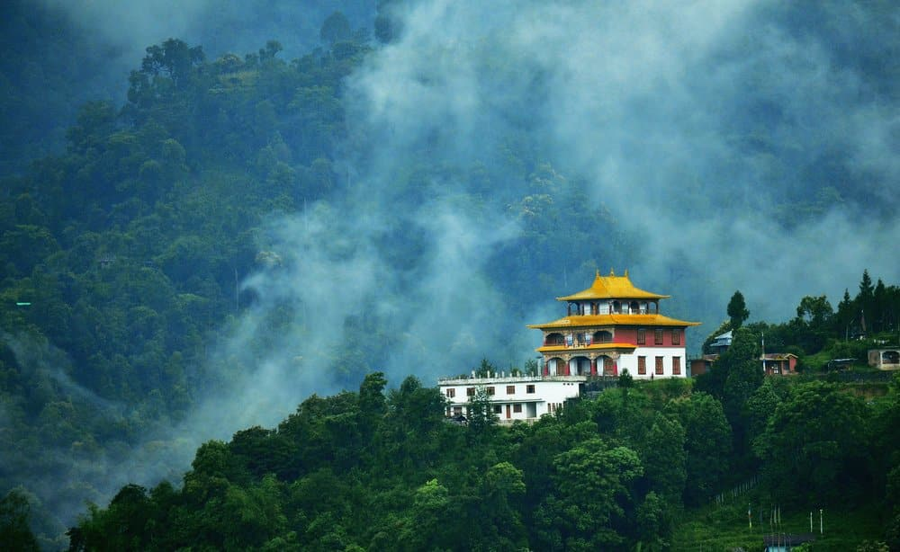 Best Tourist Places to Visit in Northeast: 8 Sisters of India