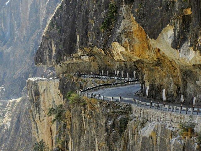 Dubling, Himachal Pradesh- The World's Most Treacherous and Adventurous Road