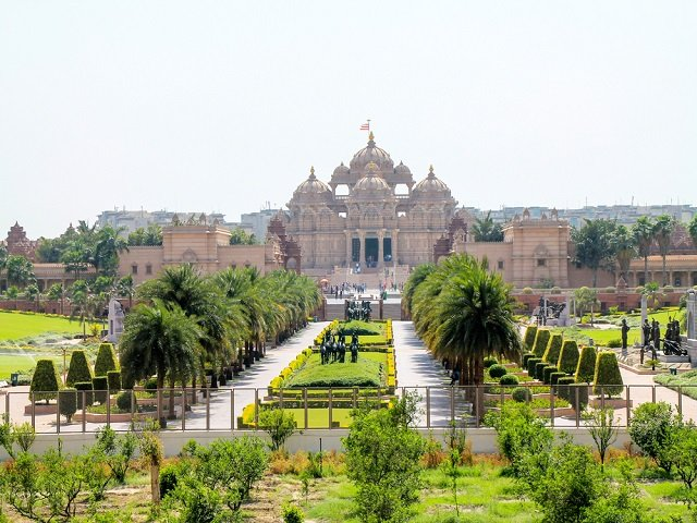 Akshardham Temple, New Delhi- India: One of the Top Places to Visit in Delhi