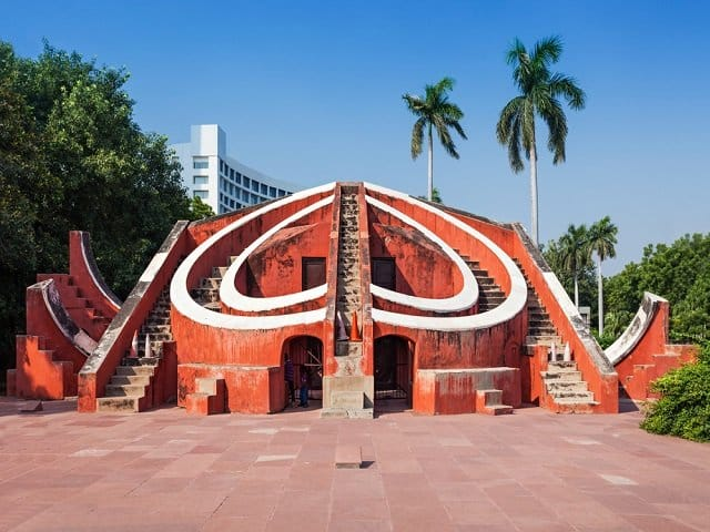 Jantar Mantar, New Delhi Tourist Attraction and best Destination