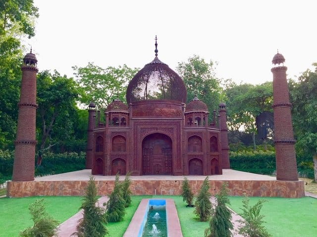 Waste to Wonder Theme Park- Places to visit in Delhi